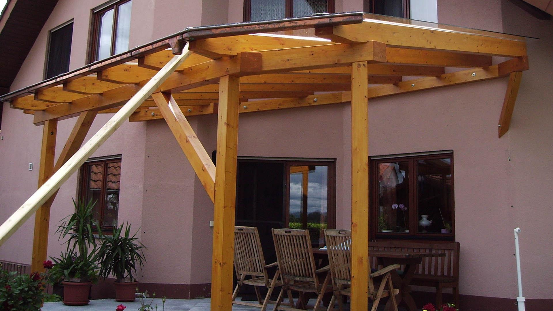 Holzbau-ott-guendlingen-pergola1